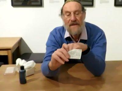 Rabbi Ron Berry holds Shema prayer