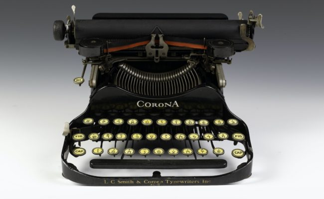 Yiddish Typewriter
