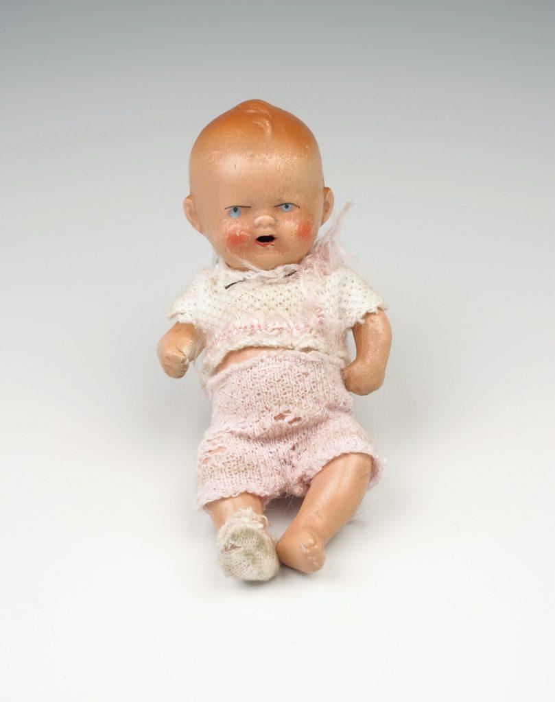 Kindertransport doll